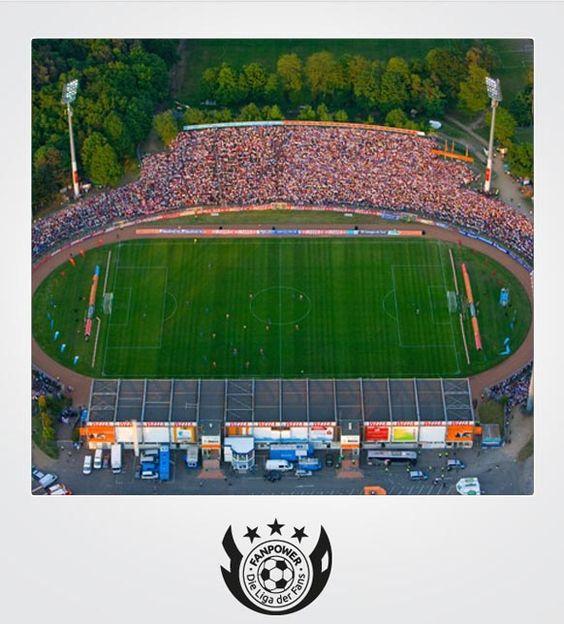 Stadion am Böllenfalltor | Darmstadt | Club: SV Darmstadt 98 | Zuschauer: 19.000