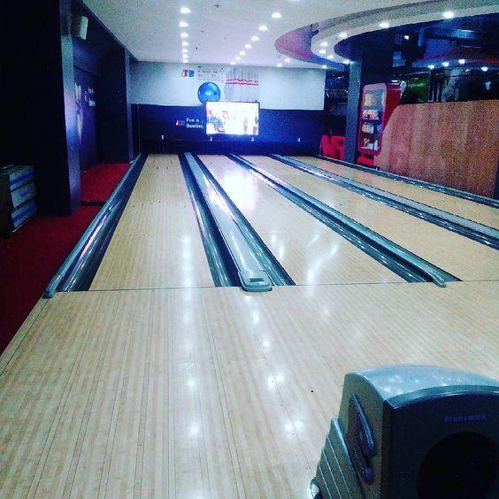 #firsttime #fun yay #bowling