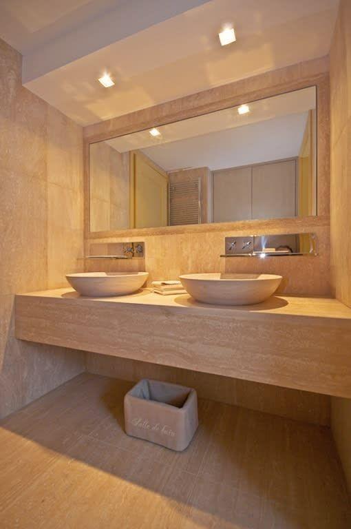 Bagno Travertino Moderno.Bagno Moderno In Travertino Bagno In Stile Di Francesca