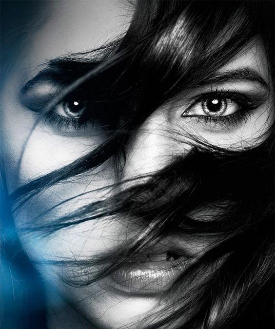 Passion Wind's.,,,Chiara Anna..Lei era come la nottte  ..sapeva guadarare il mondo con occhi diversi ..sapeva portare luce e sogni ad ogni ..fumo di colore: