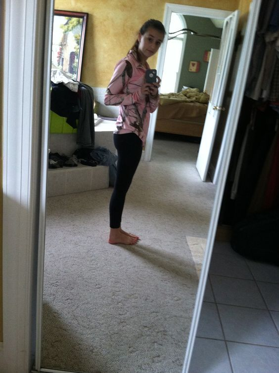 Camo with black leggings comfortable outfit and also cute