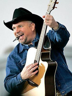 Garth Brooks, my favorite country singer. Nobody compares.