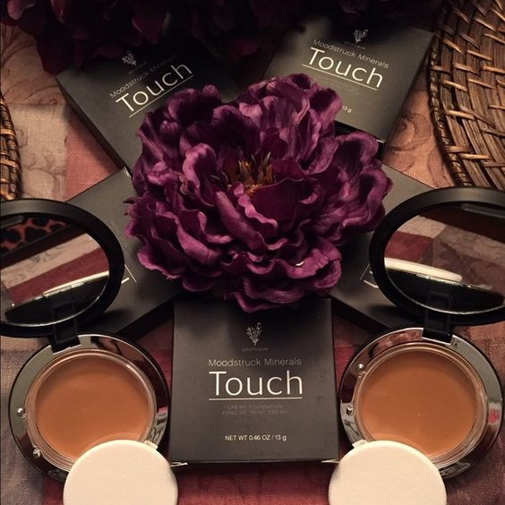 Younique Mineral Touch Cream Foundation Younique Mineral Touch Cream Foundation (Satin) Color. Qty.2 Younique Makeup Foundation