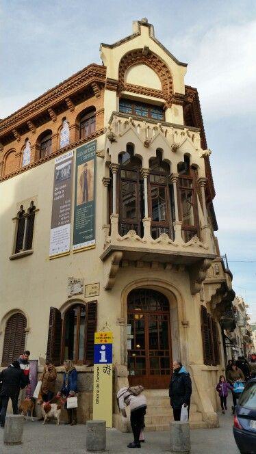 Casa museu lluis domenech i montaner canet de mar for Piscina canet de mar