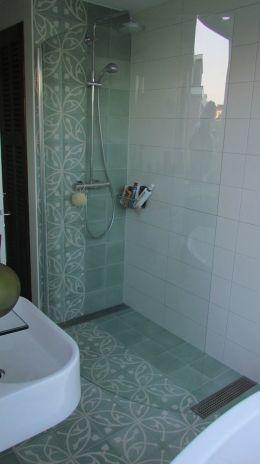Foto 39 s van cementtegels projecten met portugese tegels badkamer pinterest zement - Tegels van cement saint maclou ...