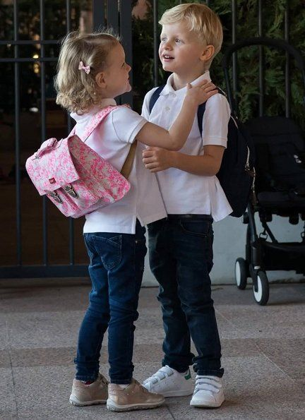 Today, Princess Charlene of Monaco shared photos of her twins Prince Jacques and Princess Gabriella taken on the first day of school on her Instagram account . Prince Jacques and Princess Gabriella receive education in L'école maternelle (Pre-school)
