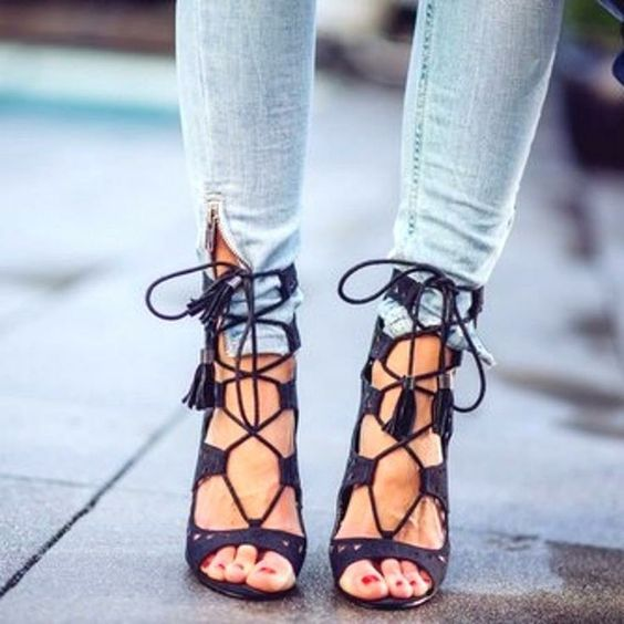 lace-up heel. | s h o e s | Pinterest | Sexy, Ties and Black lace ...