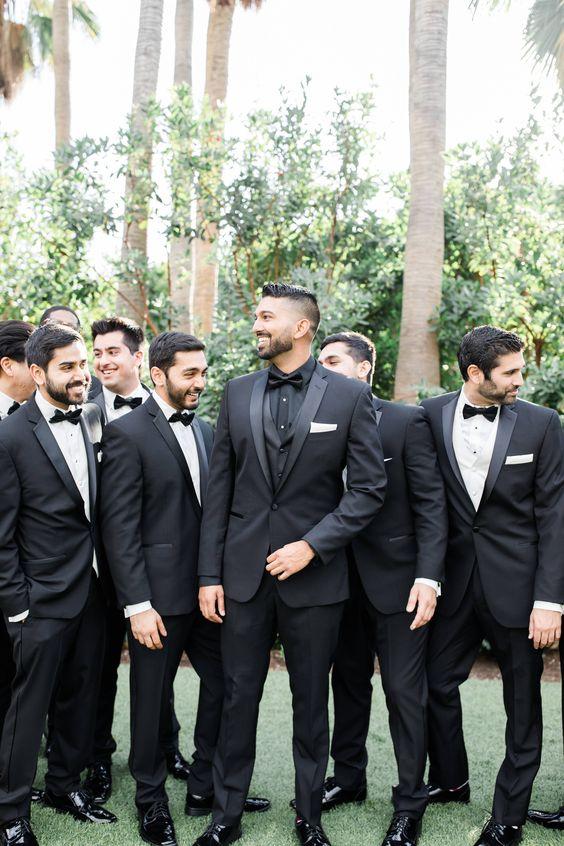 Offbeat Black Color Wedding Theme Ideas For Your Winter Wedding!!!, 8062abd5433465a9ace7e5d00c326646