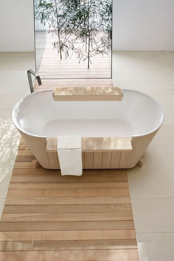 Beach style bathroom salle de bain d coration d 39 int rieur for Bambou interieur deco