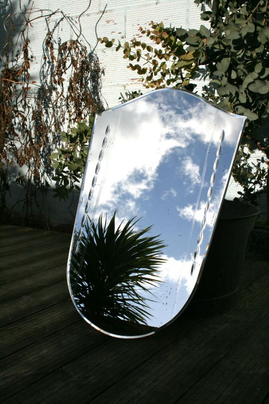 GRAND MIROIR GRAVÉ DES ANNÉES 40/50  Miroir, mon beau miroir ...