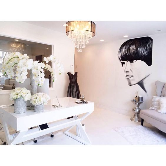 Fyubi Makeup & Brow Studio is seeking a Nail Technician interested in building clientele in a New Posh one of a kind beauty bar setup in the heart of the City!