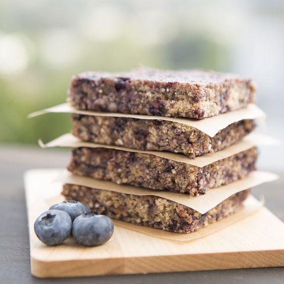 Blueberry oat bars: