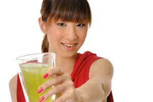 Just Cleansing - Juice Recipes      Vegetable Super Juice;  Healing Juice;  Blood Builder (Iron-Enriched);  Ginger/Lemon Cleanse;    Stomach Cleanser;  Constipation Cure;  Skin Cleanse
