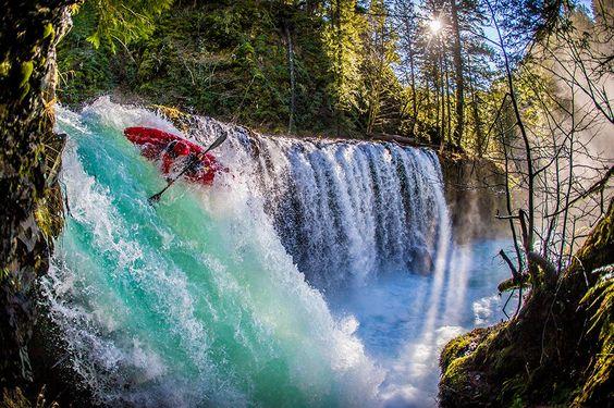 Rush Sturgis em Skamania County, Washington, Estados Unidos. A foto faz parte da categoria 'Energy'.