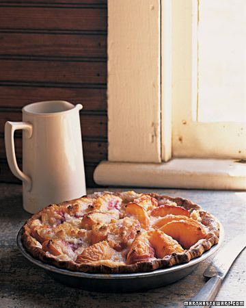 Peach and Creme Fraiche Pie from marthastewart.com.  Love the rustic styling.
