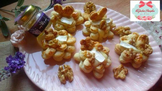 Cozinha Simples da Deia: Flores de corações Folhados de queijo Brie com nozes e Mel de Lavanda