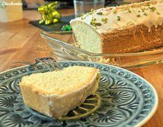 Sandkuchen mit zimmerwarme Butter und Rohrohrzucker - Rezept mit Bild - kochbar.de