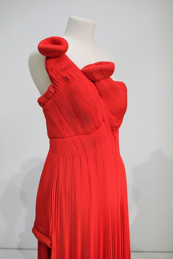 Yohji Yamamoto's red pleated dress from A/W 90-91