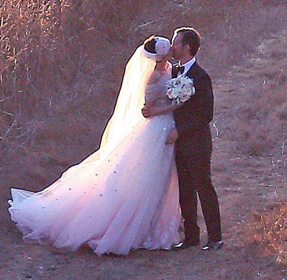 Anne Hathaway Gown: Wedding Dish Wednesday: Jessica Biel Isn't The Only Bride