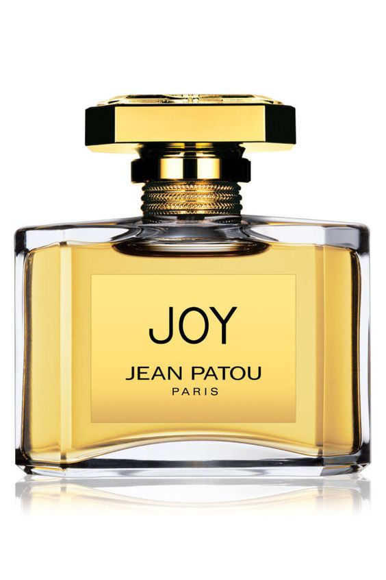 Scent of a Woman: The 10 Most Classic Fragrances of All Time