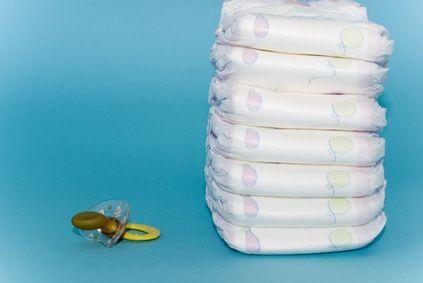 How to Make a Mini Tricycle Diaper Cake thumbnail