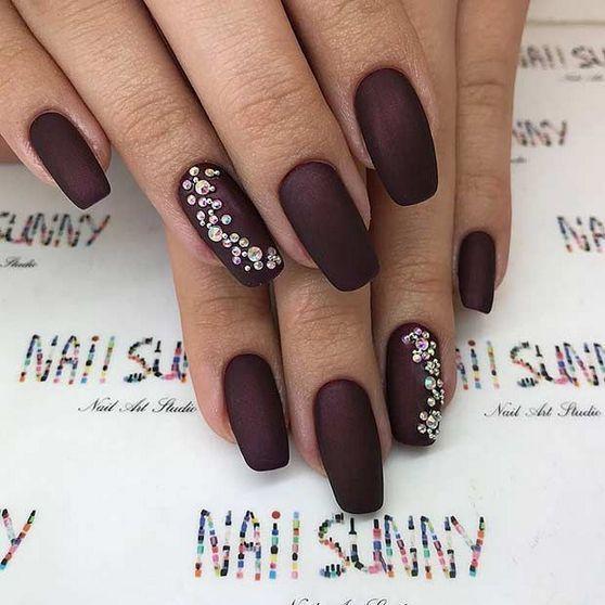 32 Burgundy Nails Matte Coffin Short 56 Decorinspira Com Burgundy Nails Rhinestone Nails Nails Design With Rhinestones