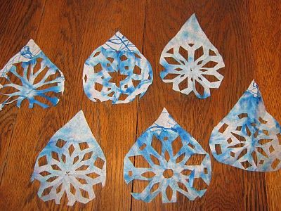 raindrop, snowflake craft for the winter days of freezing rain. Now that's appropriate!