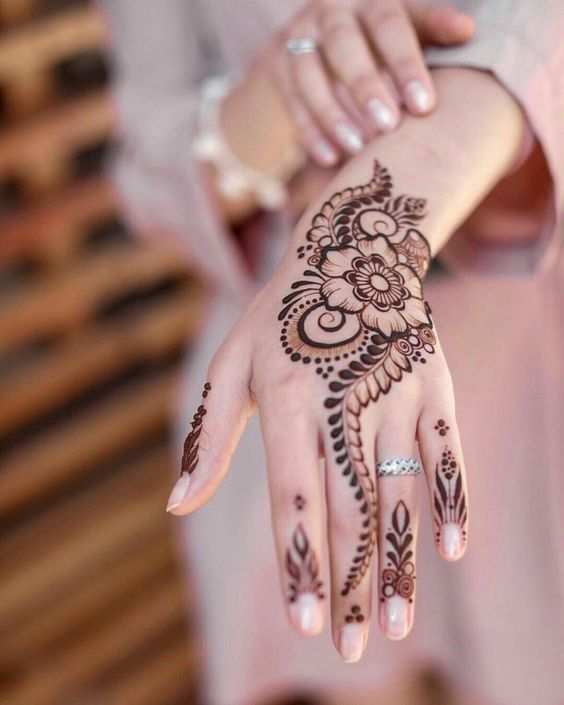 17 beautiful henna designs – Struggling Soul