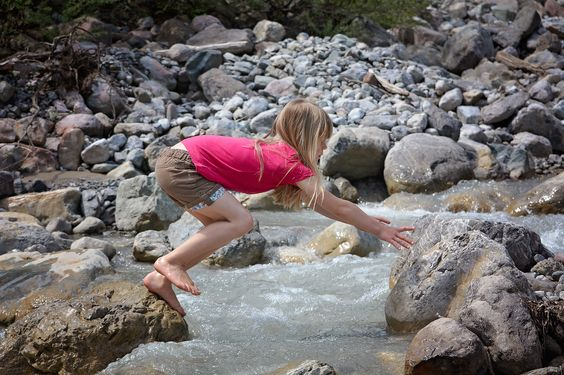 8 Ways to Instill a Love of Nature in Your Kids