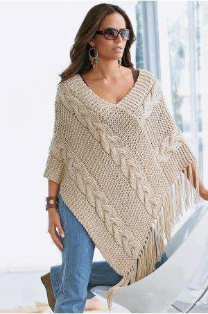 Oi amigas! Vejam que lindo esse poncho: são dois retângulos com 40 pontos tricotados por 60 cm receita: http://ww...: