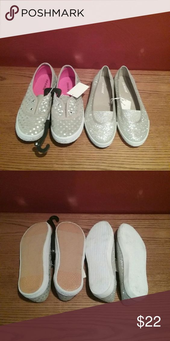 NWT Girl's 2 Pair of Slip On Shoes size 5 2 pair of shoes: silver shiney  pair, and grey with silver shiney circles.  Both size 5 for girls. Joe Boxer Shoes