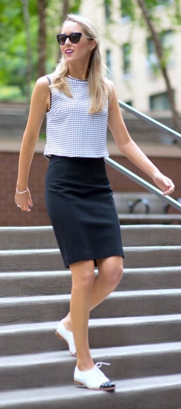 lovely skirt outfit with white shoes 17