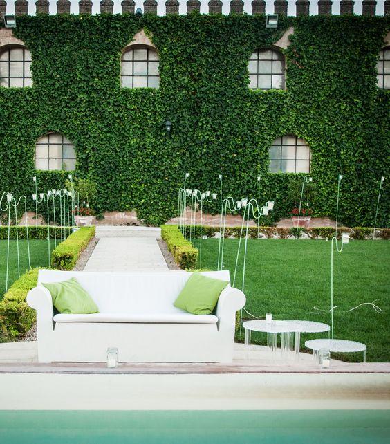 In The Pic: Sofa Bubble Club By Philippe Starck + T Table By Patricia  Urquiola At @Castello Bevilacqua Bu2026 | Pinteresu2026