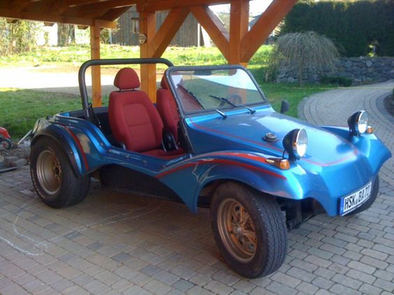 Volkswagen Buggy als Cabrio/Roadster in Fleckenberg