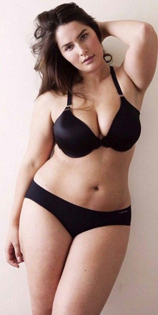 curvy women Natural