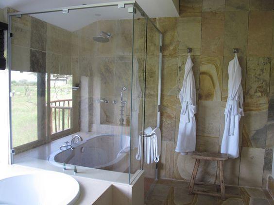 banheira e chuveiro juntos  Google Search  Banheiros  Pinterest  Caixas e -> Banheiro Com Banheira E Chuveiro Juntos