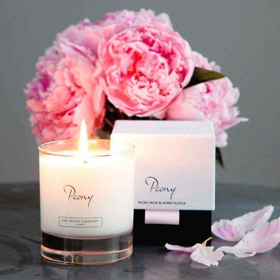The White Company Peony Candle