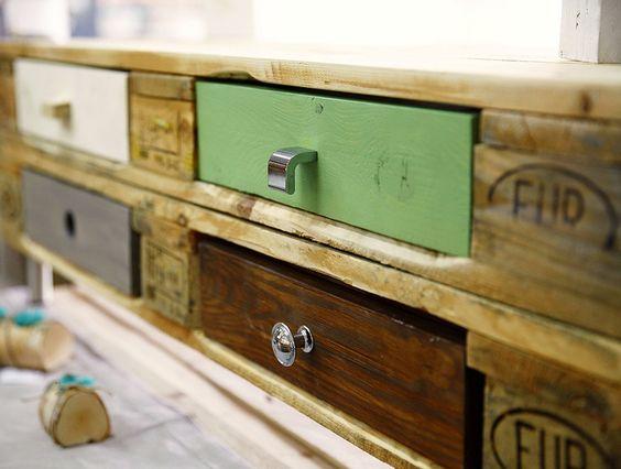 #DIY paletten-schrank