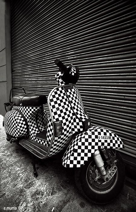 Vespa Motor Scooter - Checkered Motor Scooter!