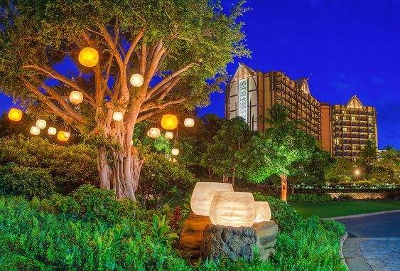 The Dreaming Tree at Aulani, A Disney Resort & Spa | Flickr - Photo Sharing!