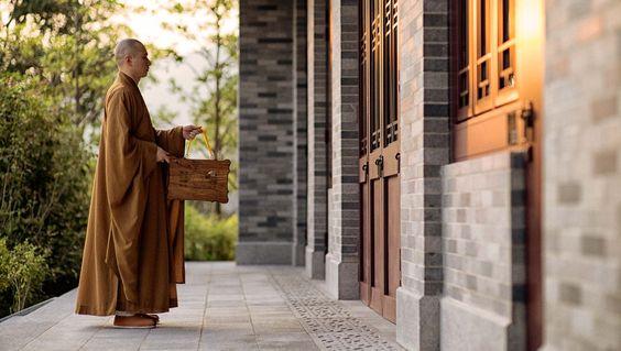 The Tsz Shan Monastery was established in 2010 by the Li Ka Shing Foundation and…