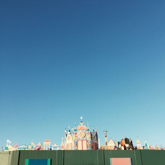 It's a small world #disneylandparis | The Creative Contente blog