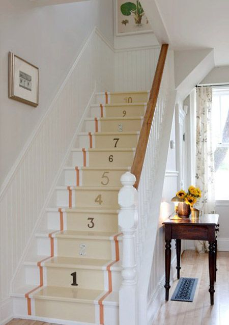 Home decor inspiration: Sarah Richardson designed cottage style painted staircase with numbers in a farmhouse. #SarahRichardson #farmhousestyle #stairrunner