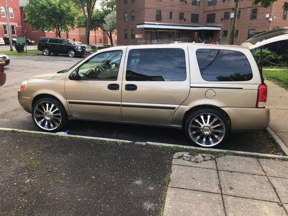 2006 Chevy Uplander Comes With 2 10 2 6 Highs 2 12 Inch Bass