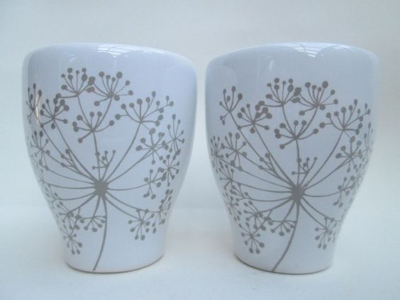 2 x Lovely Glazed Ceramic Pottery Egg Cups - Allium Design