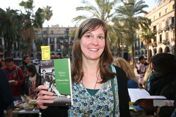 #SantJordi #stJordi #1010Ways #1010Ways2013 #libros #books #llibres #somSantJordi #SantJordi2013 #santjordibcn #llibresSantJordi #23abril #23a #librosyrosas #cultura #tuiteaunlibro #estoyleyendo #llegirestimar #WithoutMoney #leer #llegir #SinDinero #read #felicidad #compartir #DIY #Barcelona #BCN #1010waystobuywithoutmoney