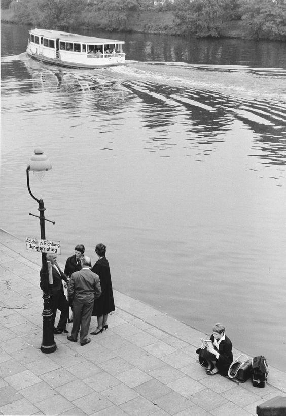 Hamburg Liebe in alten Bildern aus den 50ern und 60er von Thomas Grebe - Alsterschippern