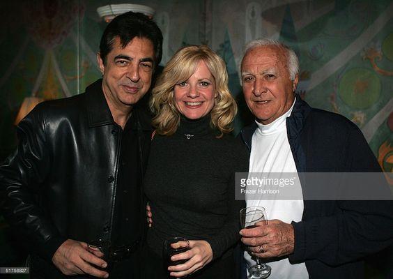 Bonnie Hunt with actors, Robert Loggia and Joe Mantegna