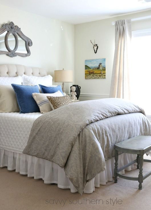 Southern Farmhouse Bedroom Ideas: Gorgeous Farmhouse Style Bedroom With French Blue And Grey