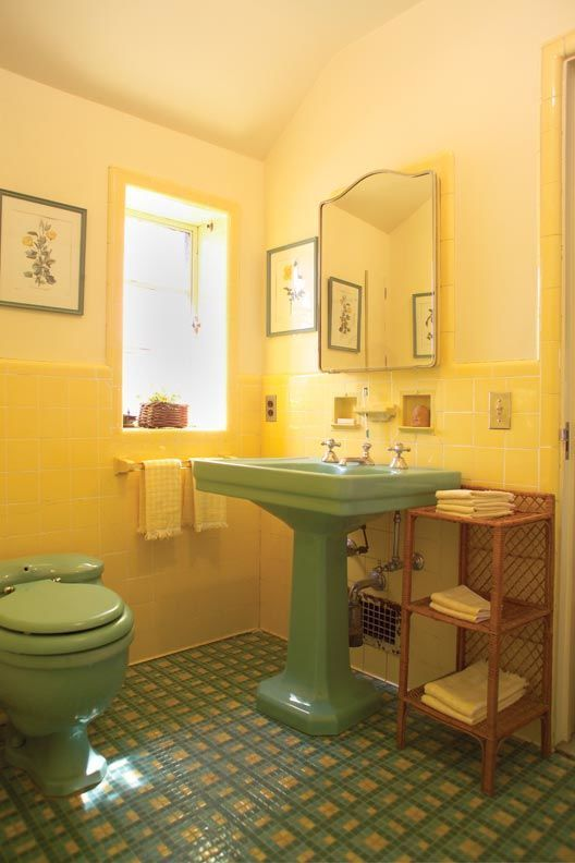 1930s Inspired Coloured Bathroom Suite Design In Green Yellow